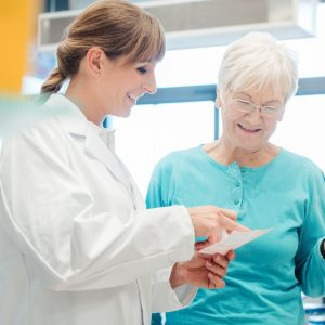 How to Enjoy Better Senior Care with Compounding